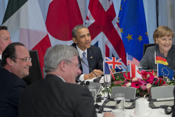 President Barack Obama participates in a G7 Leaders meeting at Catshuis, the official residence of the Dutch Prime Minister, in The Hague, Netherlands, Monday, March 24, 2014. (AP Photo/Pablo Martinez Monsivais)