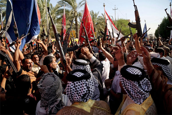 Shiite tribal fighters