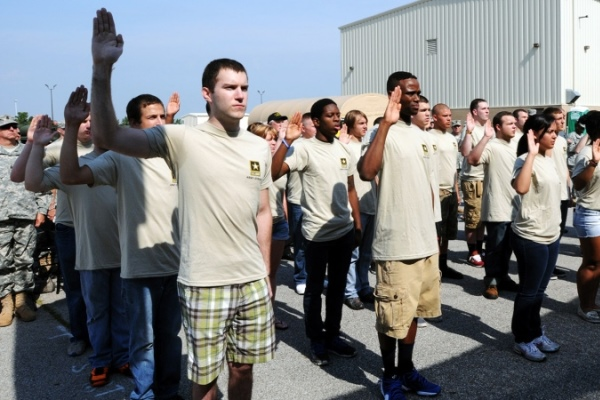 New recruits are sworn in during the Army Reserve Mega Event in Whitehall, Ohio. (U.S. Army photo)