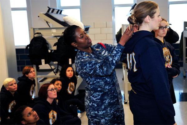 Phenomenal Navy Begins Rtc And Otc Female Haircut Pilot Program Military Com Hairstyles For Women Draintrainus