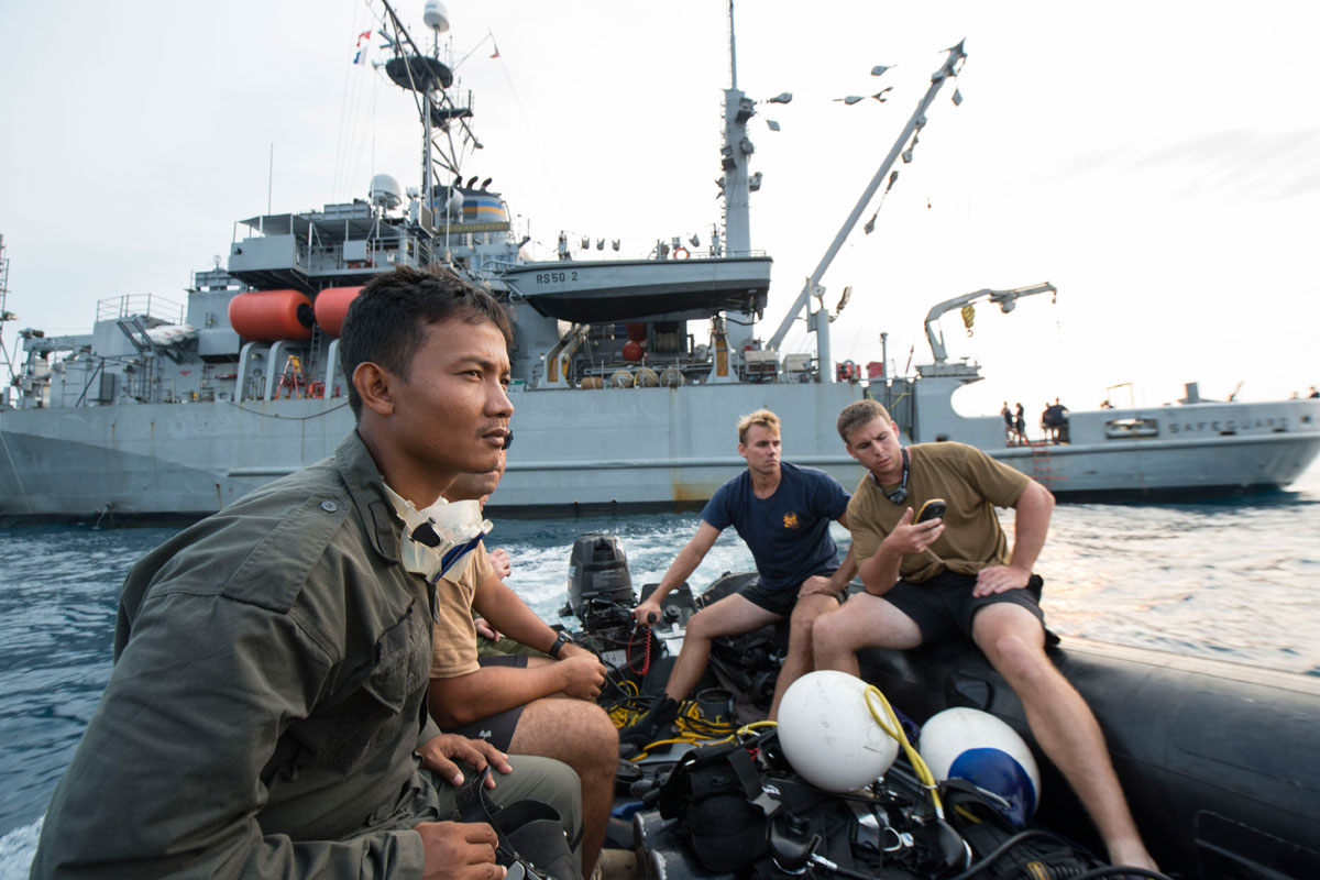 Navy Diver Navy Divers Support PO...