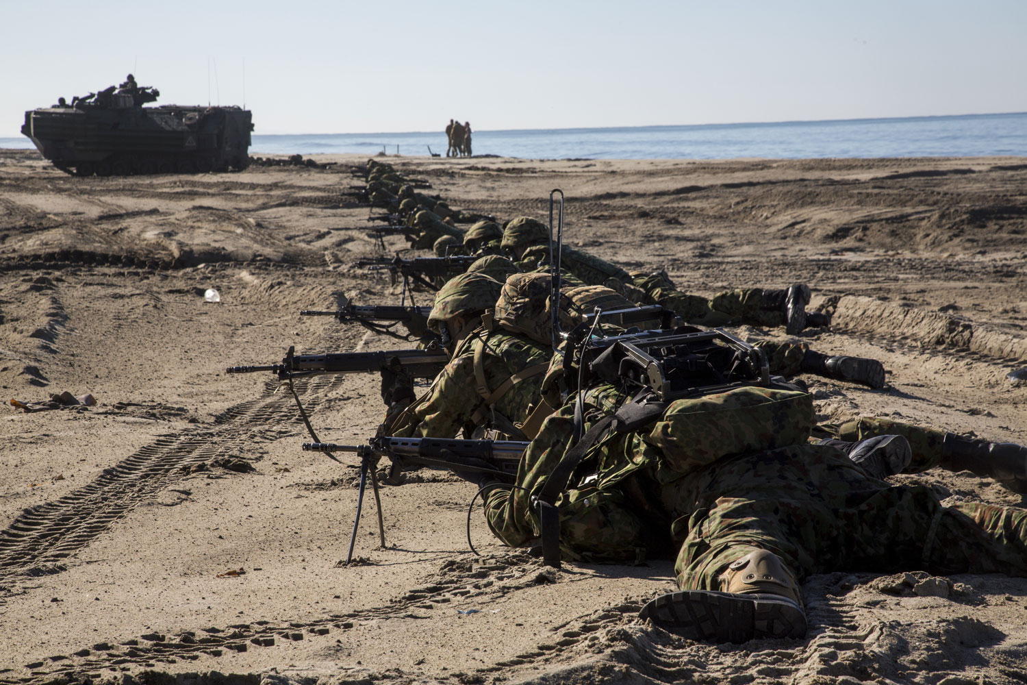 Camp Pendleton Marines, Japanese Soldiers Join Forces in ...