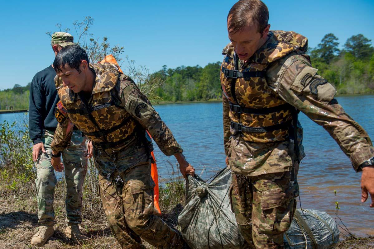 75th Ranger Regiment Team Wins 'Best Ranger' | Military.com  75th Ranger Reg...