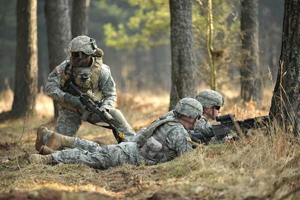 soldiers training 600x400