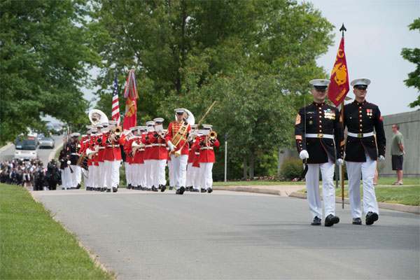 Marine Corps funeral detail 600x400