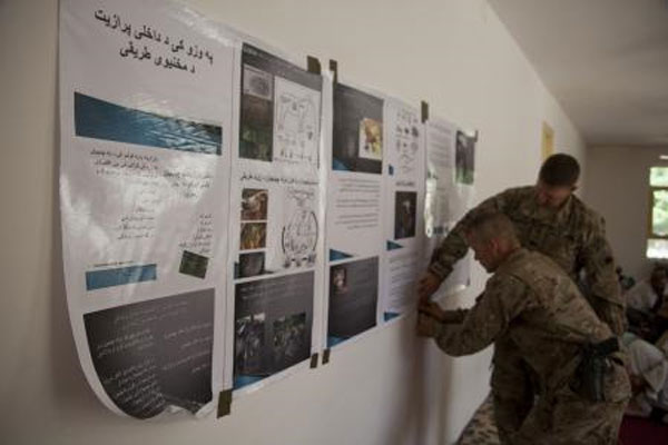 soldiers improve Afghan farming capabilities 600x400