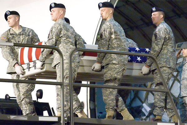 Flag draped coffin 600x400