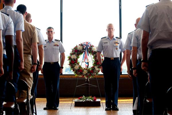 Coast Guard memorial service 600x400