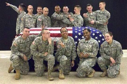 guard pose casket 428x285