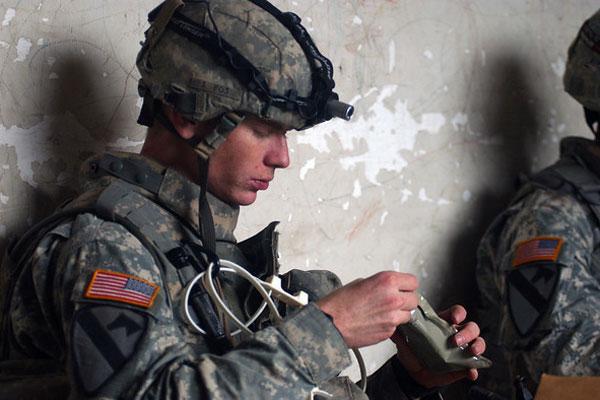 Soldier prepares his MRE