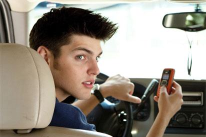 Usaa Car Loan >> teen in car