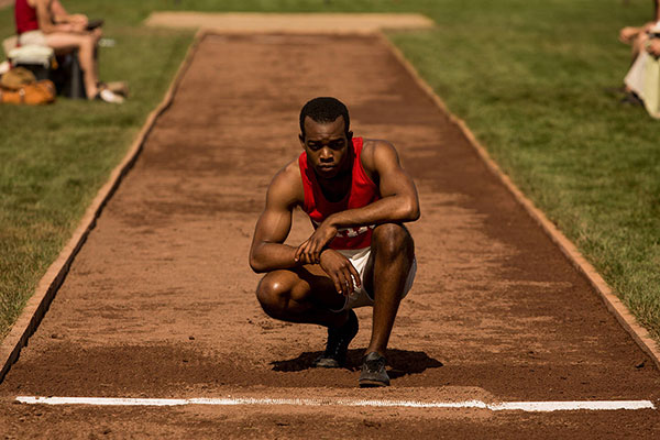 Race Jesse Owens movie still 600x400