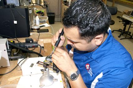 Edgar Navarro technician
