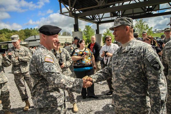 Sergeant 1st Class Greg Robinson completes Air Assault school