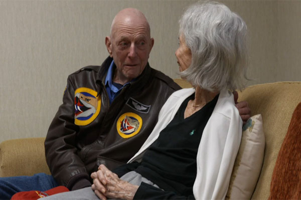 Retired Army pilot Jerry Yellin and his wife