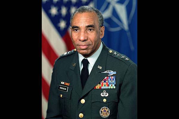 General Roscoe Robinson Jr. (U.S. Army photo)