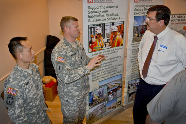 Army engineers at job fair