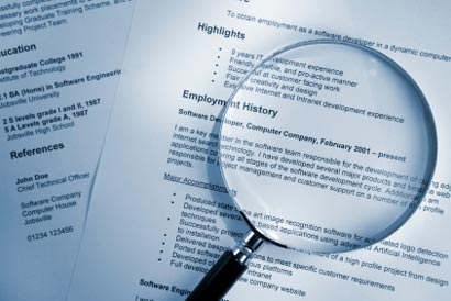 search resume magnifying glass 410x274