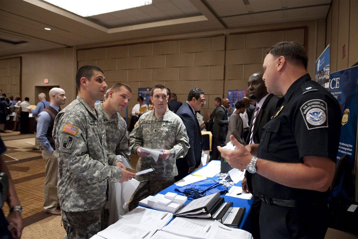 federal hiring of veterans reaches 20