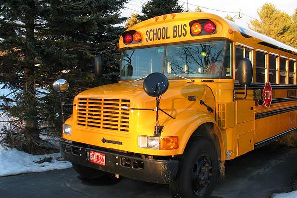 SchoolBus600